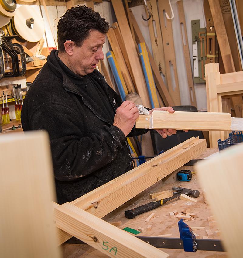 Timber glueing